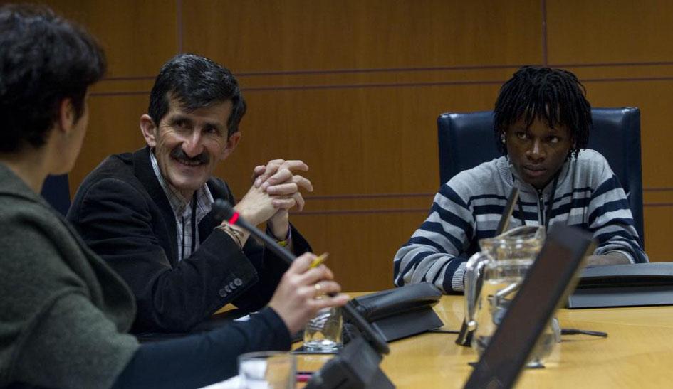 Alberto Franco y Janis Orejuela en una de sus reuniones a su paso por España./ PBI España