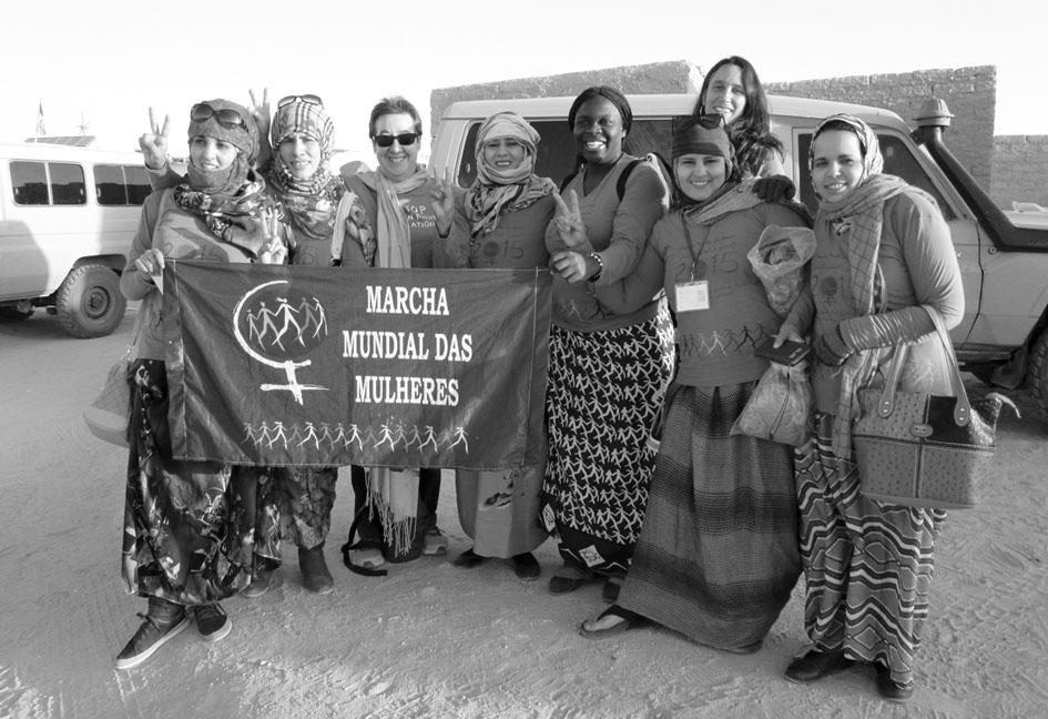El VII Congreso de la UNMS se celebró entre el 3 y el 5 de abril de 2015 en la Wilaya de Smara, campamento de personas refugiadas saharauis de Tindouf (Argelia), con la participación de delegaciones extranjeras que llegaron de los continentes. Fotografía: Isabel Uria Serrano de la Asociación de Amigxs de la RASD de Bizkaia.