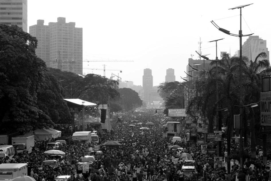 Cierre de camapaña de Maduro en las elecciones de abril de 2013 en Caracas. Fotografía: Mº Cruz Tornay.