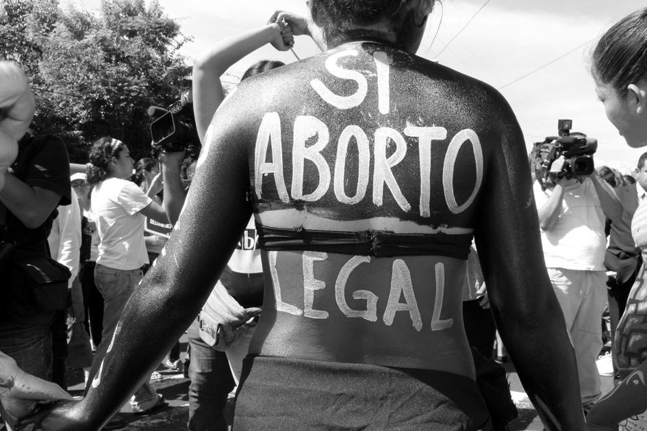 Manifestación en San Salvador por el 28 de Septiembre. Día por la Despenalización del Aborto en América Latina y el Caribe. Fotografía de Mª Cruz Tornay.